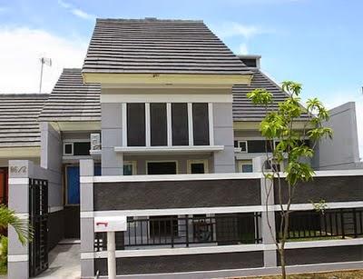 kombinasi pagar rumah hitam dan putih