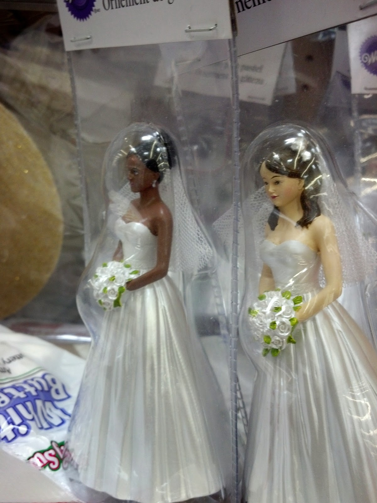 PhenomenalhairCare Wedding Cake Toppers Hairstyling