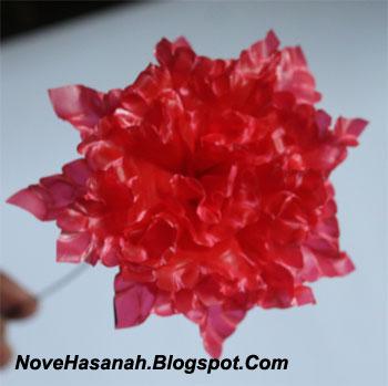 cara membuat bunga dari kantong plastik kresek bekas pakai yang sangat mudah