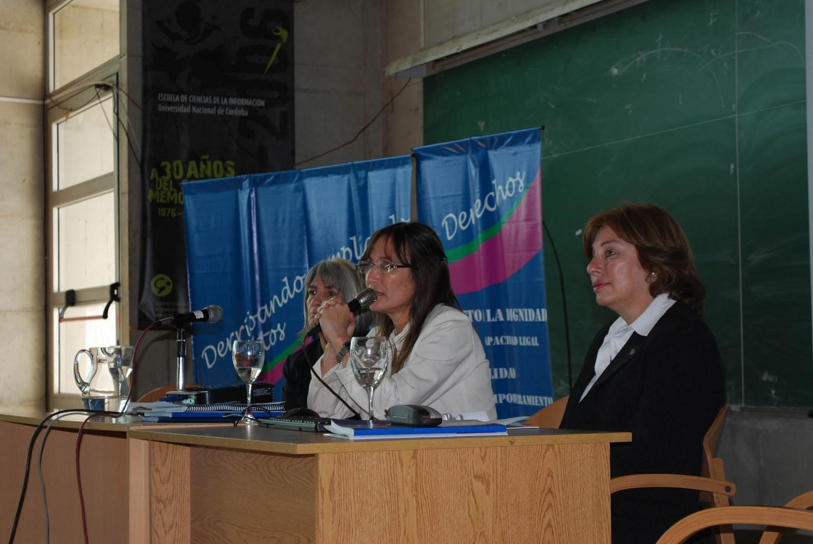 Pamela sanchez y un espontaneo del publico - 3 part 10