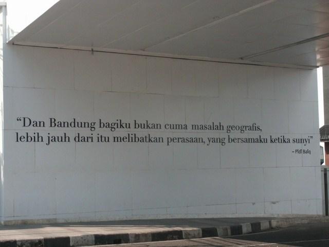 Tempat Foto Selfie Terfavorit Yang Wajib Anda Kunjungi Saat Di Kota Bandung ~ Mlaku2 Gan