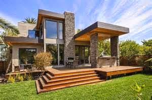 Elemen Penting Sebagai Kunci Utama Konsep Penampilan Arsitektur Modern Tropis