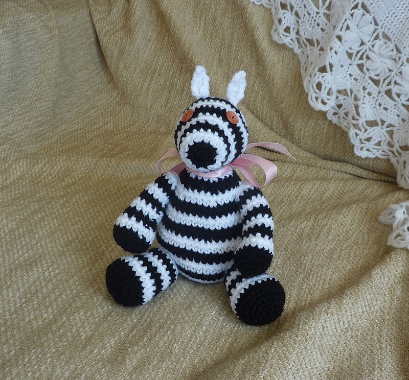 Free Zebra Amigurumi Crochet Pattern : Yellow, Pink and Sparkly: Free Crochet Patterns