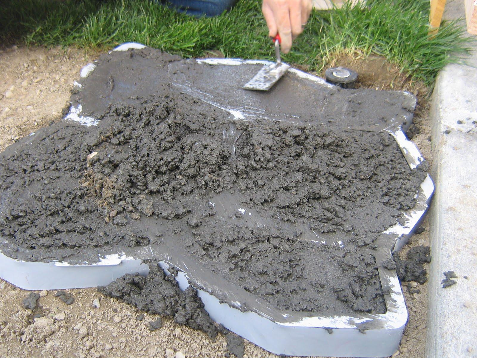 Сделать дорожку из бетона своими руками