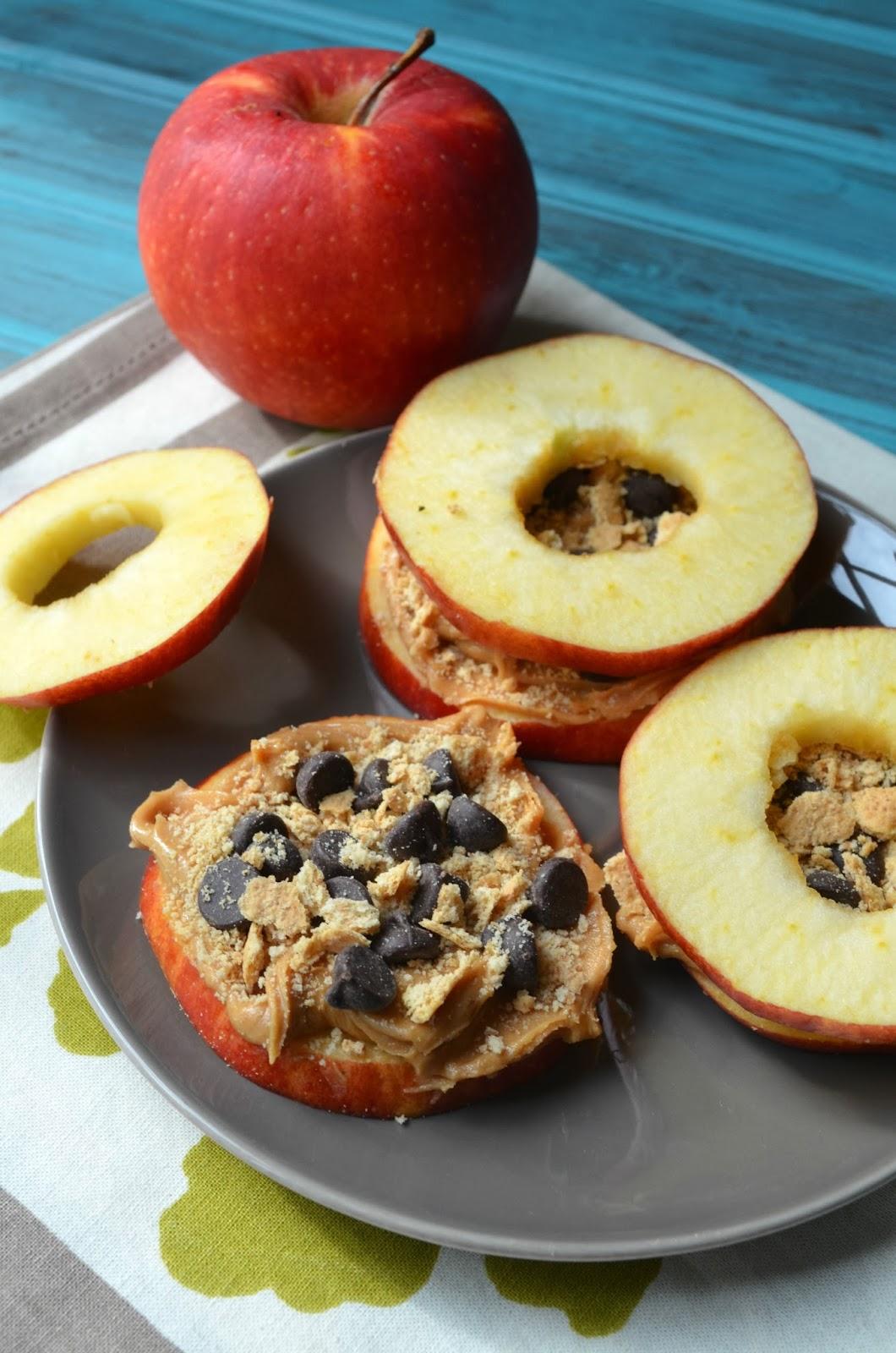 The Savvy Kitchen: Apple Snack Stacks