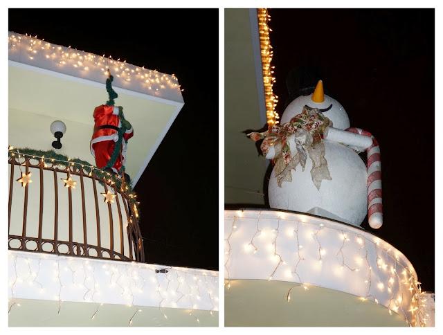 Papai Noel e boneco de neve na casa decorada para o Natal - rua Álvaro Alvim, cidade de Santos