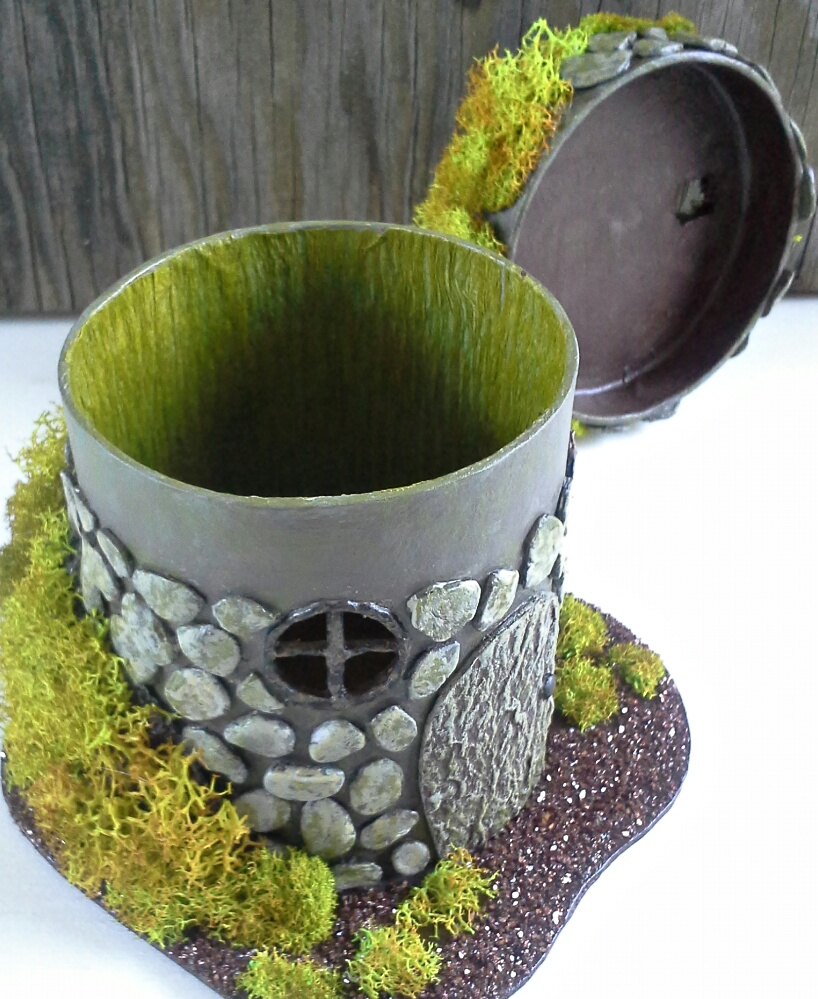 Magia Mia Hobbit Inspired Fairy House Box With Paper Mache Paperclay
