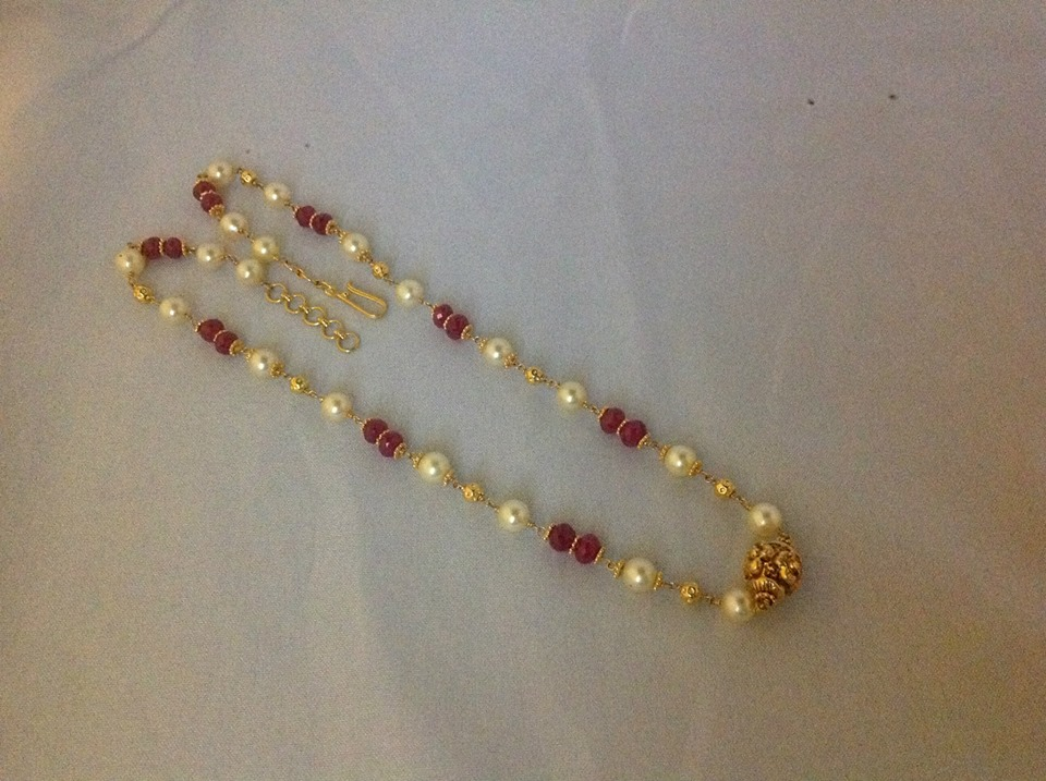 Jewellery Designs : #@ Simple Pearl Beads Chain Designs