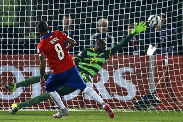 chile 2 ecuador 0 - copa america 2015 - grupo a
