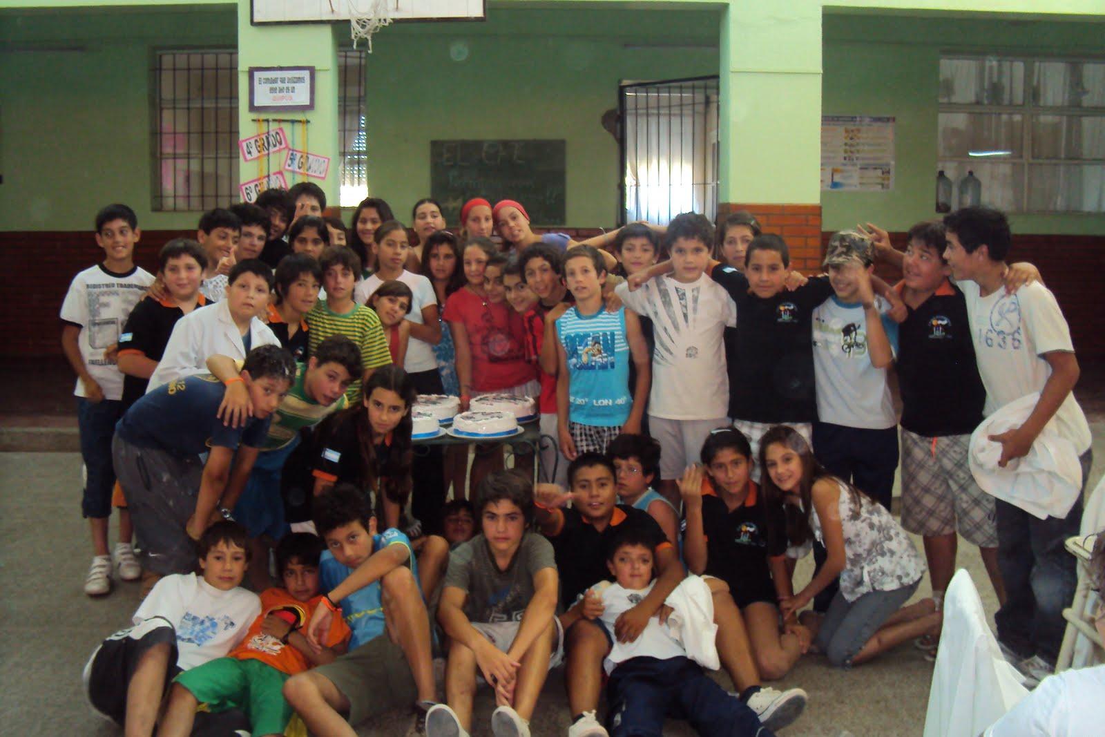 SERRANO - Pcia. de Córdoba: DESPEDIDA A LOS ALUMNOS DE SEXTO GRADO