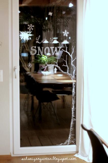 ein schweizer garten let it snow fenstermalereien. Black Bedroom Furniture Sets. Home Design Ideas
