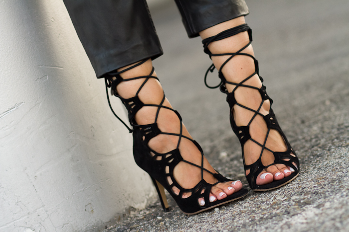 Lace Up Sandals in black