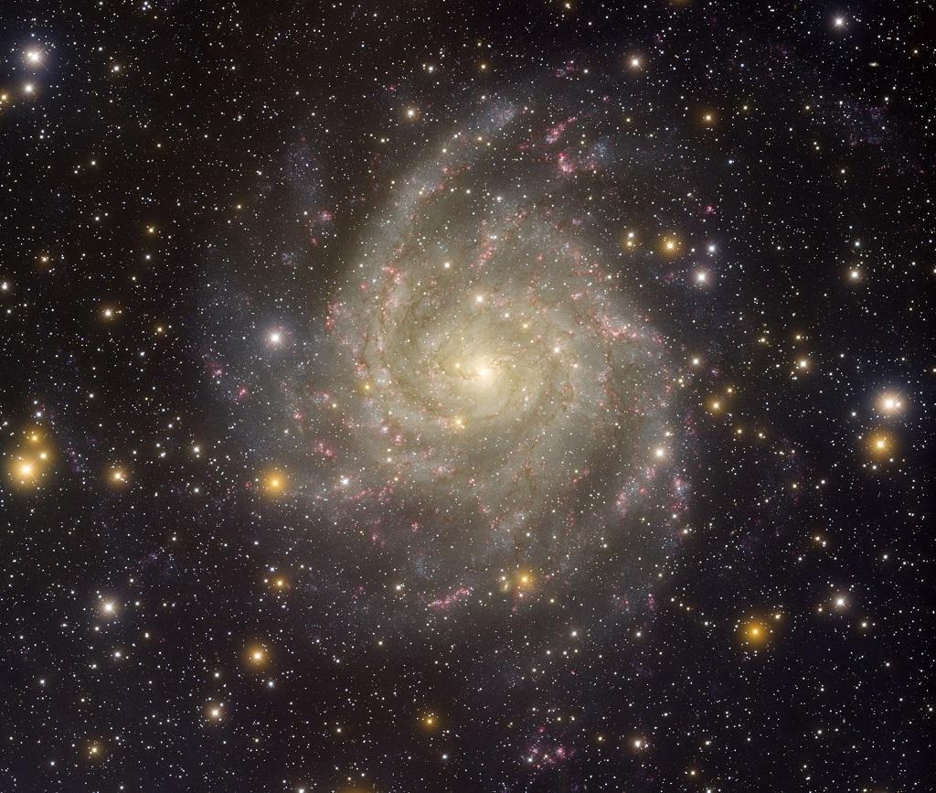 U Camelopardalis Mass 6 Galáxias Deslum...