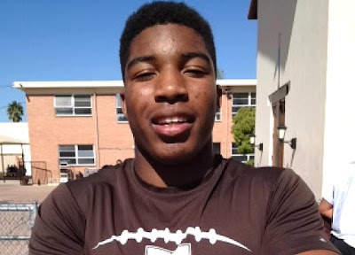 UCLA adds three-star fullback prospect Jalen Starks to its 2016 recruiting class.