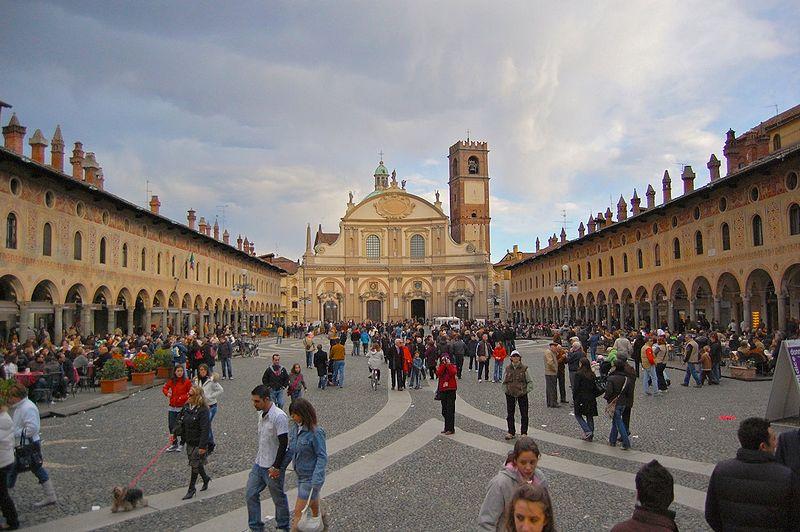 Vigevano Italy  City pictures : Piazza del Duomo, Vigevano Pavia , Italy