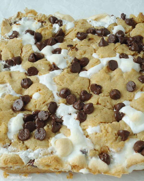 S'more Cookie Bars| www.blahnikbaker.com