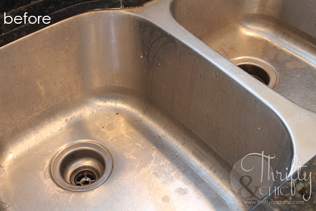 How to use natural ingredients to clean your stainless steel sink and make it shine!