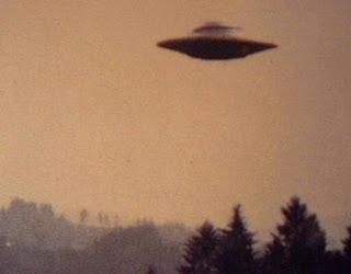 gambar foto penampakan UFO