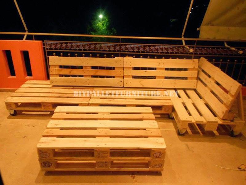 Sofas for Muebles con palets para terraza