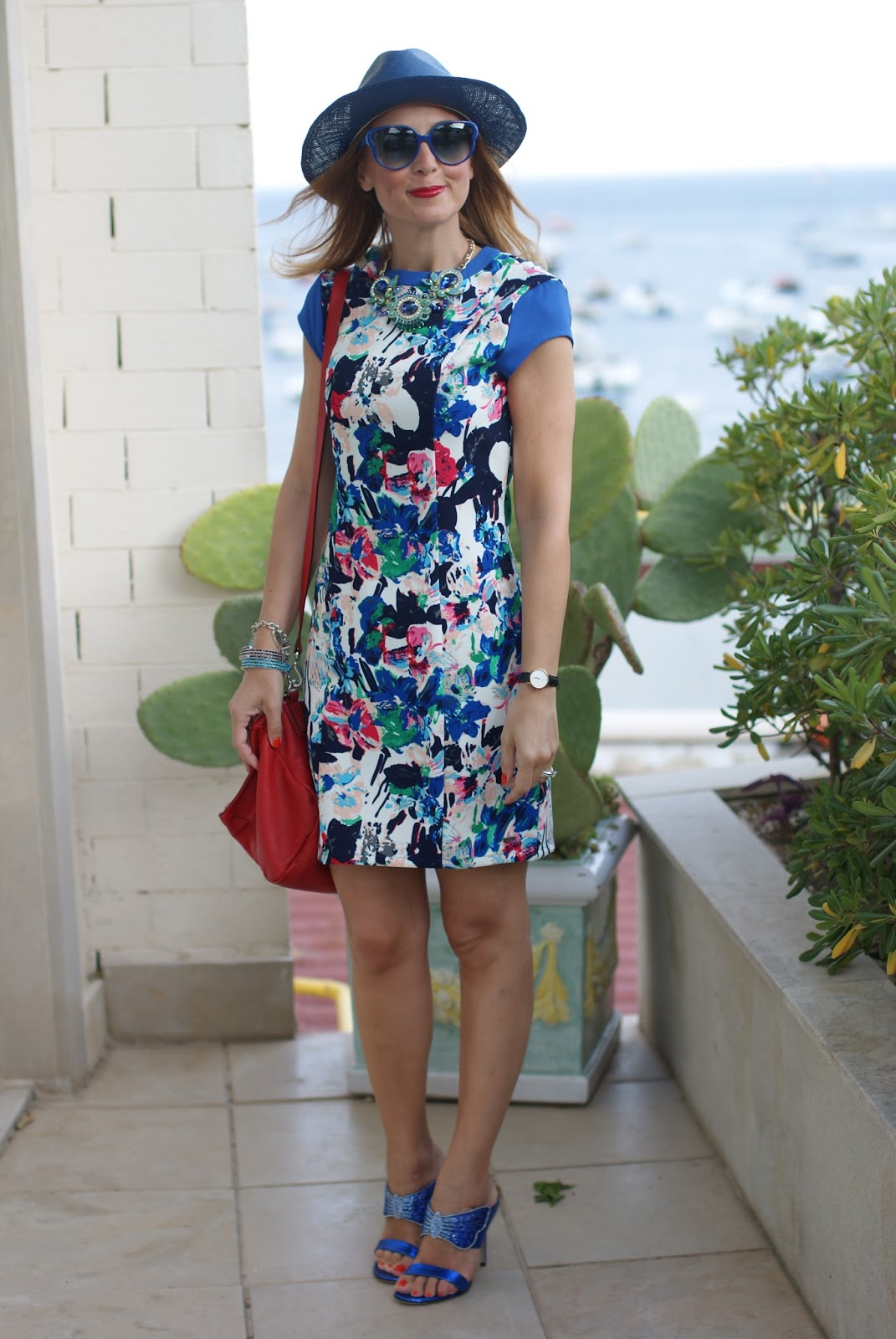 Mismash happy barcelona style dress and Le Silla butterfly shoes on Fashion and Cookies