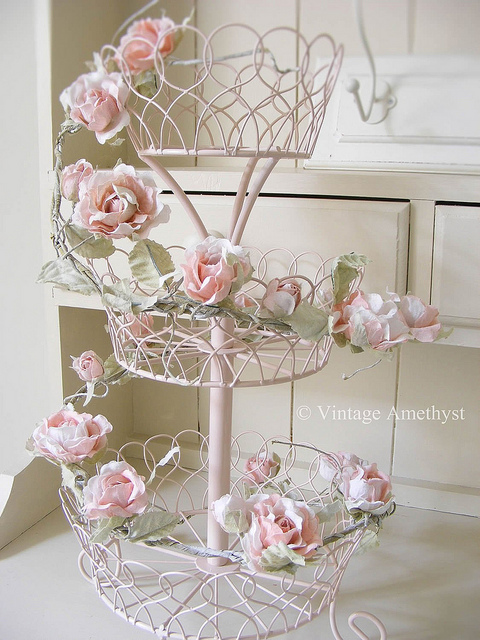 Bring a touch of romantic elegance into your home or wedding with this