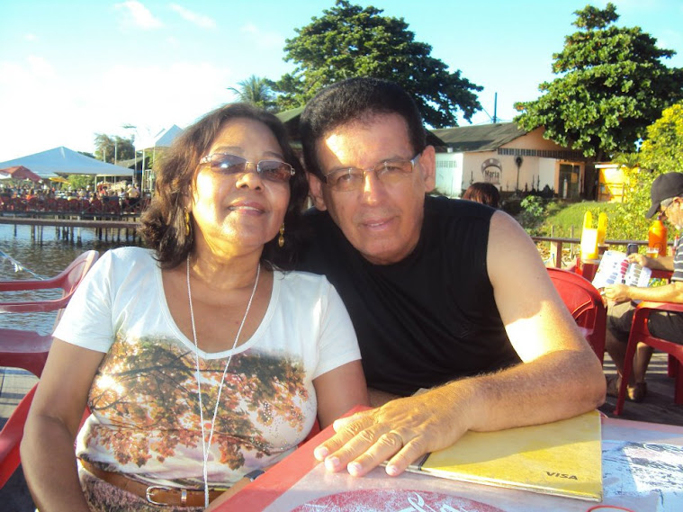 Nosso querido e amado pastor Alaor com sua esposa Iracildes descansando férias 2012 -  João Pessoa-