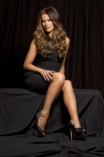 Kate Beckinsale Legs Sexy Leg Cross