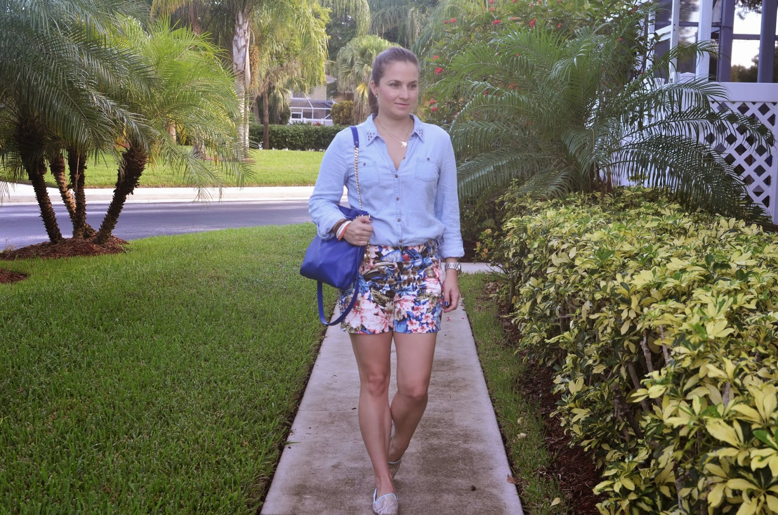 Chambray shirt - floral shorts - flats