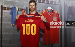 Xabi Alonso celebró sus 100 partidos con España
