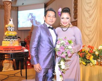 Gambar perkahwinan Rafflesia Ezlynn-Adam