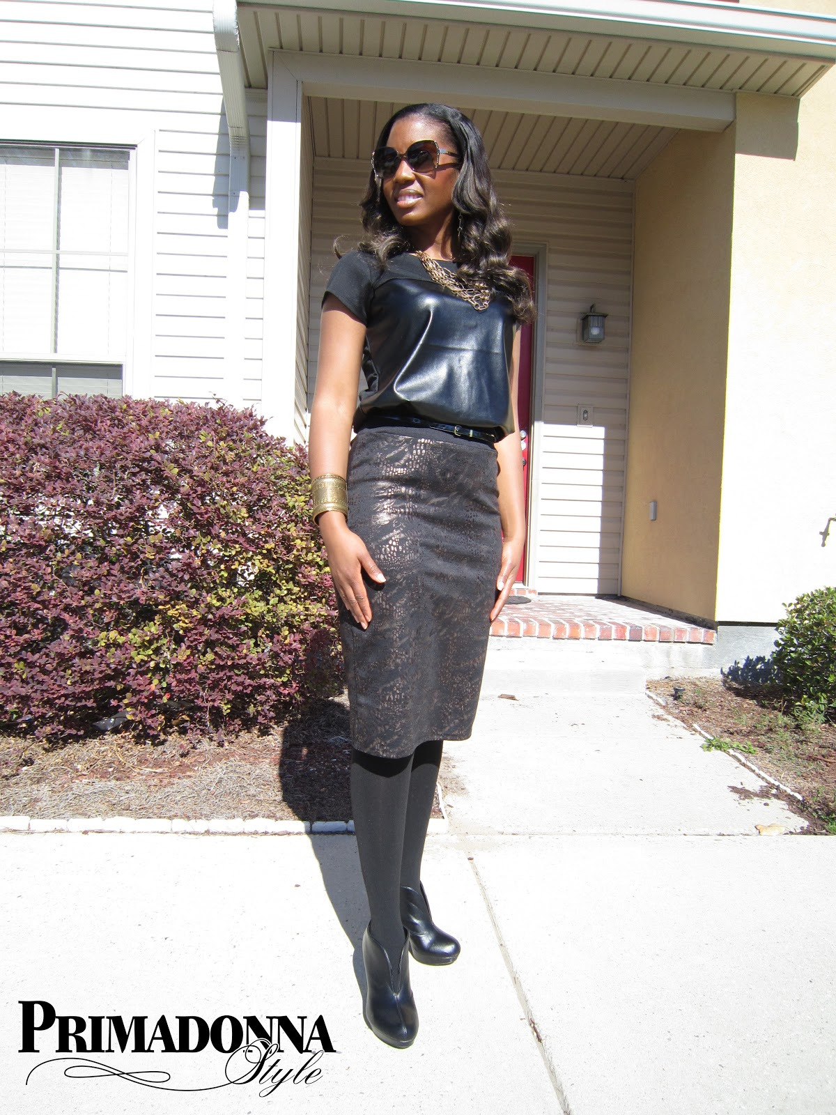 Woman in black leather skirt and boots – Cool novelties of fashion ...
