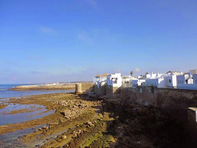 La Medina rodeada de murallas construidas por los portugueses