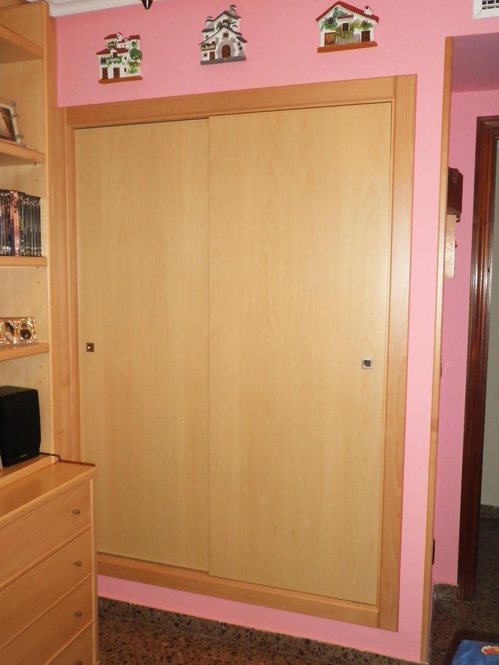 Frente de armario empotrado muebles cansado zaragoza - Frente armario empotrado ...