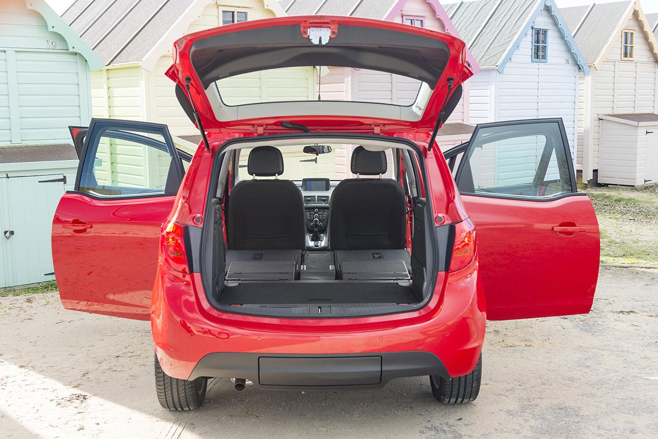 Vauxhall Meriva trunk