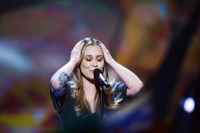 Anouk door naar de finale Songfestival