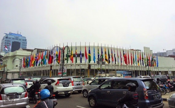 Gedung Merdeka yang sekarang disebut sebagai Gedung Asia Afrika - Efek KAA 60: Lucu, Ketika Nama Jalan di Kota Bandung Berubah