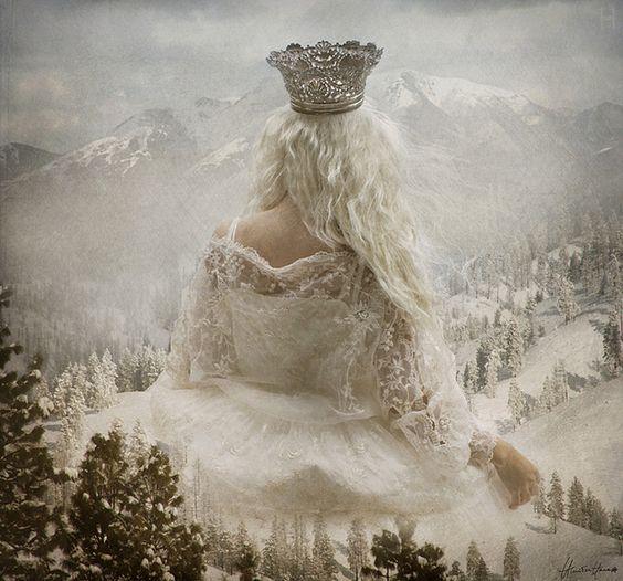Je suis reine de tout ce que je contemple.