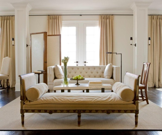 Rosa Beltran Design: USING A DAYBED IN A LIVING ROOM