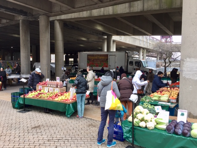 Roosevelt Island Saturday Farmers Market Under Helix At Motorgate Plaza