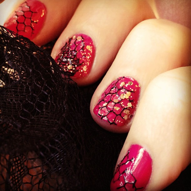 nails, nail art, fishnet manicure, Valentine's Day nails