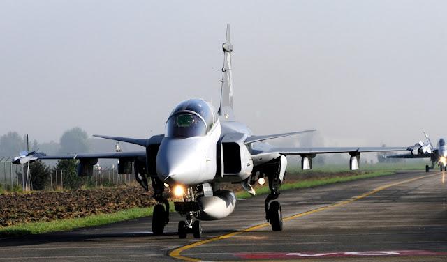 Nuevos aviones interceptores para la Fuerza Aérea Mexicana Foto%2B02hbb