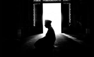 Tentang Menjamak Qashar Shalat