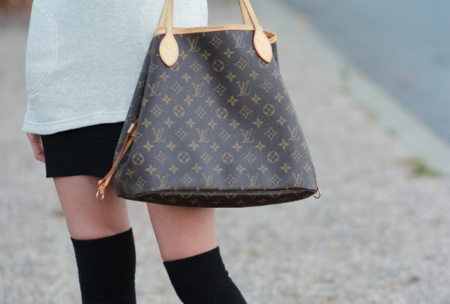 louis vuitton neverfull otk socks trend