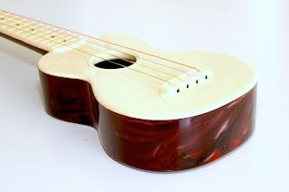 maccaferri islander ukulele