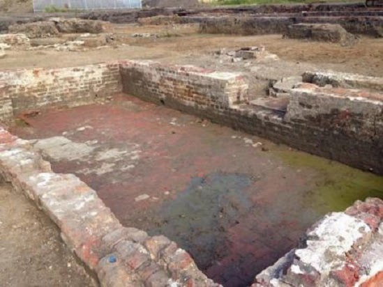 Medieval manor house found under car park