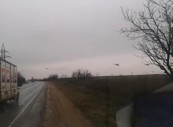 Elicotteri russi stanno invadendo Sebastopoli