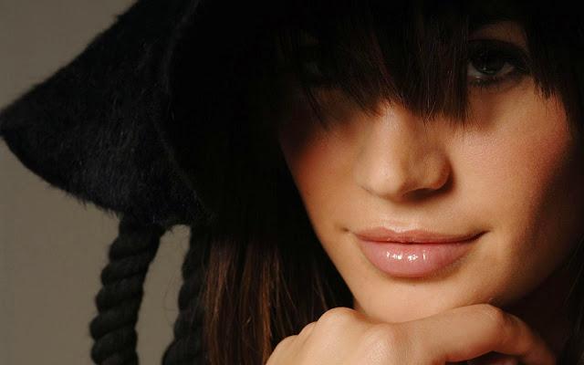 Melissa Satta Face Portrait