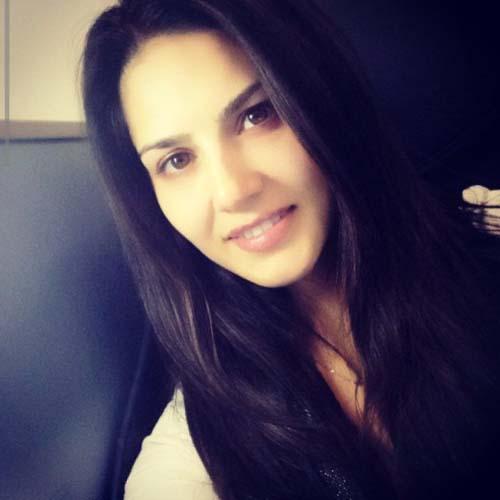 Sunny Leone No Makeup