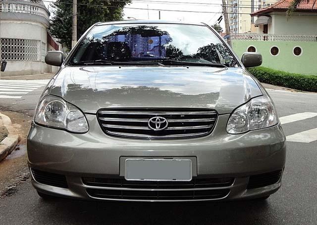 Toyota Corolla XLi Mecânico 2003 usado a venda