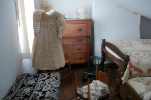 Room where runaways (often children) spent the night.